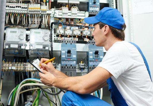 Техобслуживание и управление испытательным оборудованием